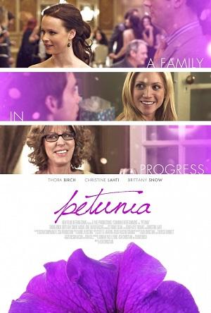 Петуния (комедия про беременную 2012) Petunia